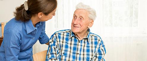Como evitar quedas em idosos